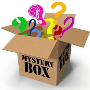 🎉10 ITEM MYSTERY RESELLER BUNDLE BOX🎉